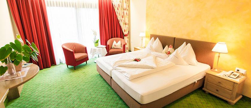 Hotel Kolmhof, Bad Kleinkirchheim, Austria - example of bedroom.jpg